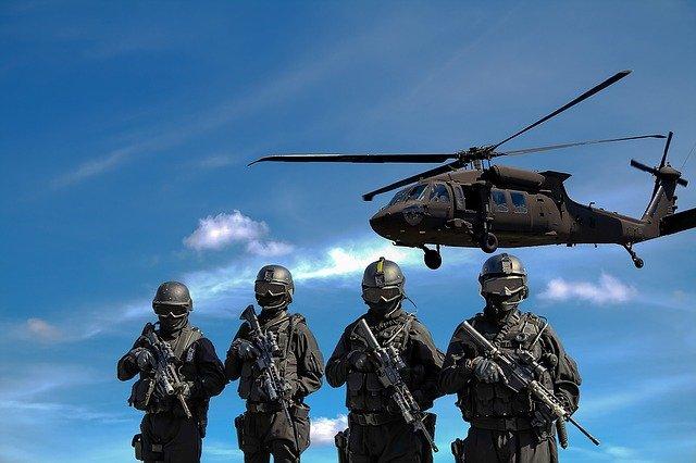 vrtulní a vojáci