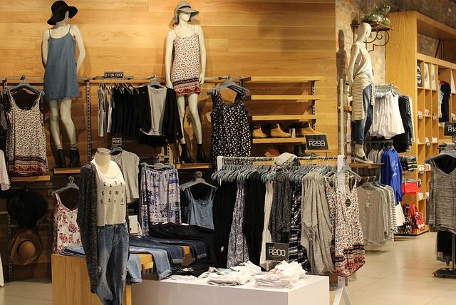 oblečení v butiku